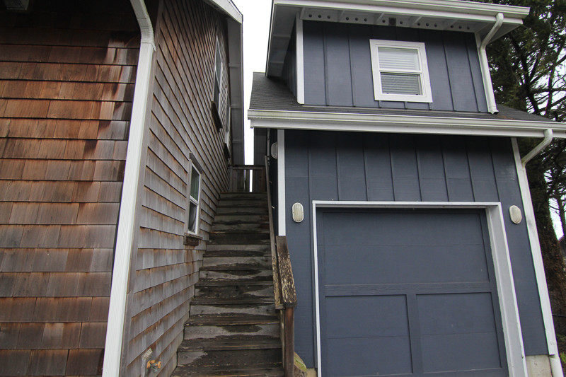 Seadrift Exterior Access to Detached Loft, Lower Level w/Ping Pong Table