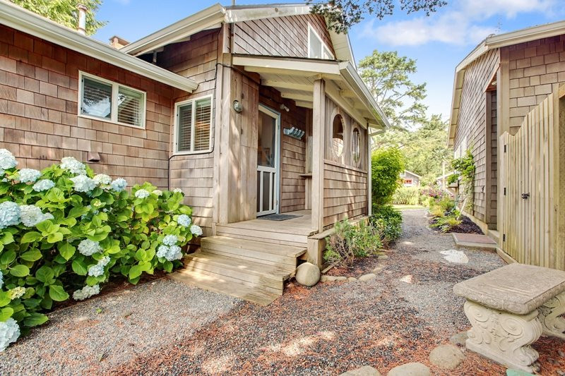 Bunk house just steps from the main house! Garage that has been completely renovated.