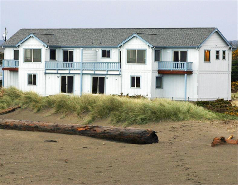 View of Seascape Cottages from the beach