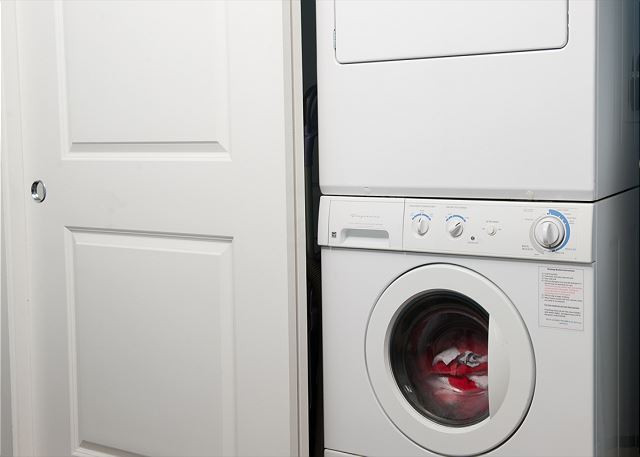 Each condo has front load washers/dryers - Book Now at www.KeystoneVacationsOregon.com