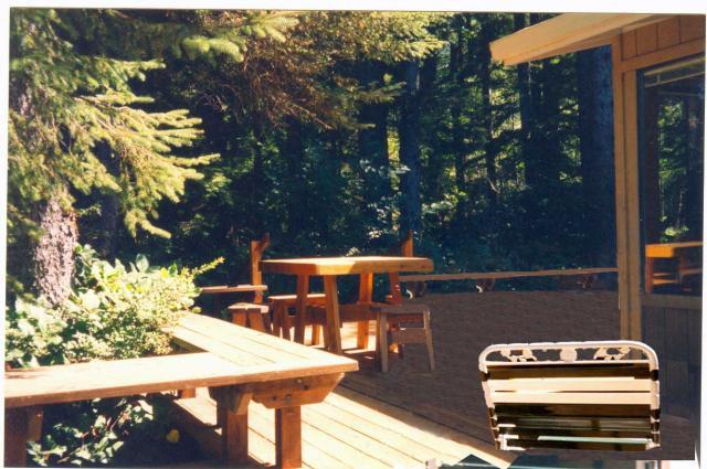 Wrap-around juniper deck