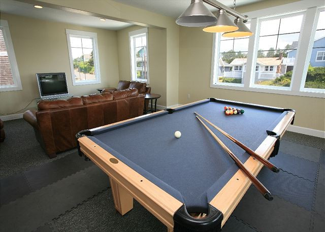 Game Room at Pacific Winds - Book Now at www.KeystoneVacationsOregon.com