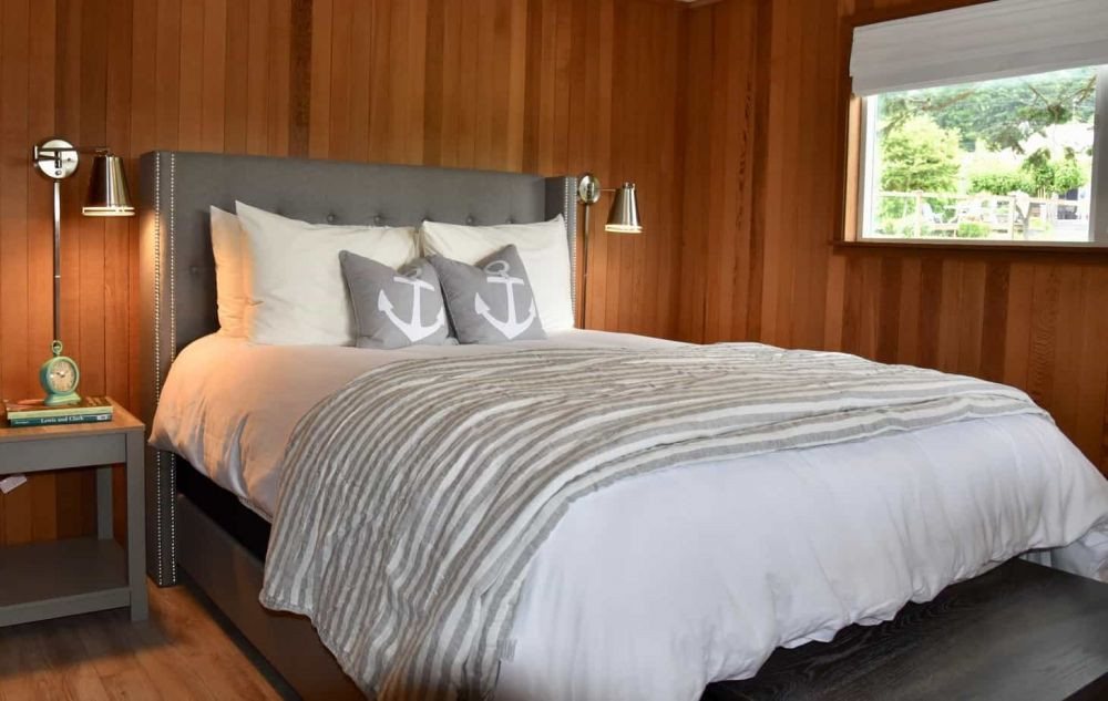 Upstairs bedroom with soft luxury linens