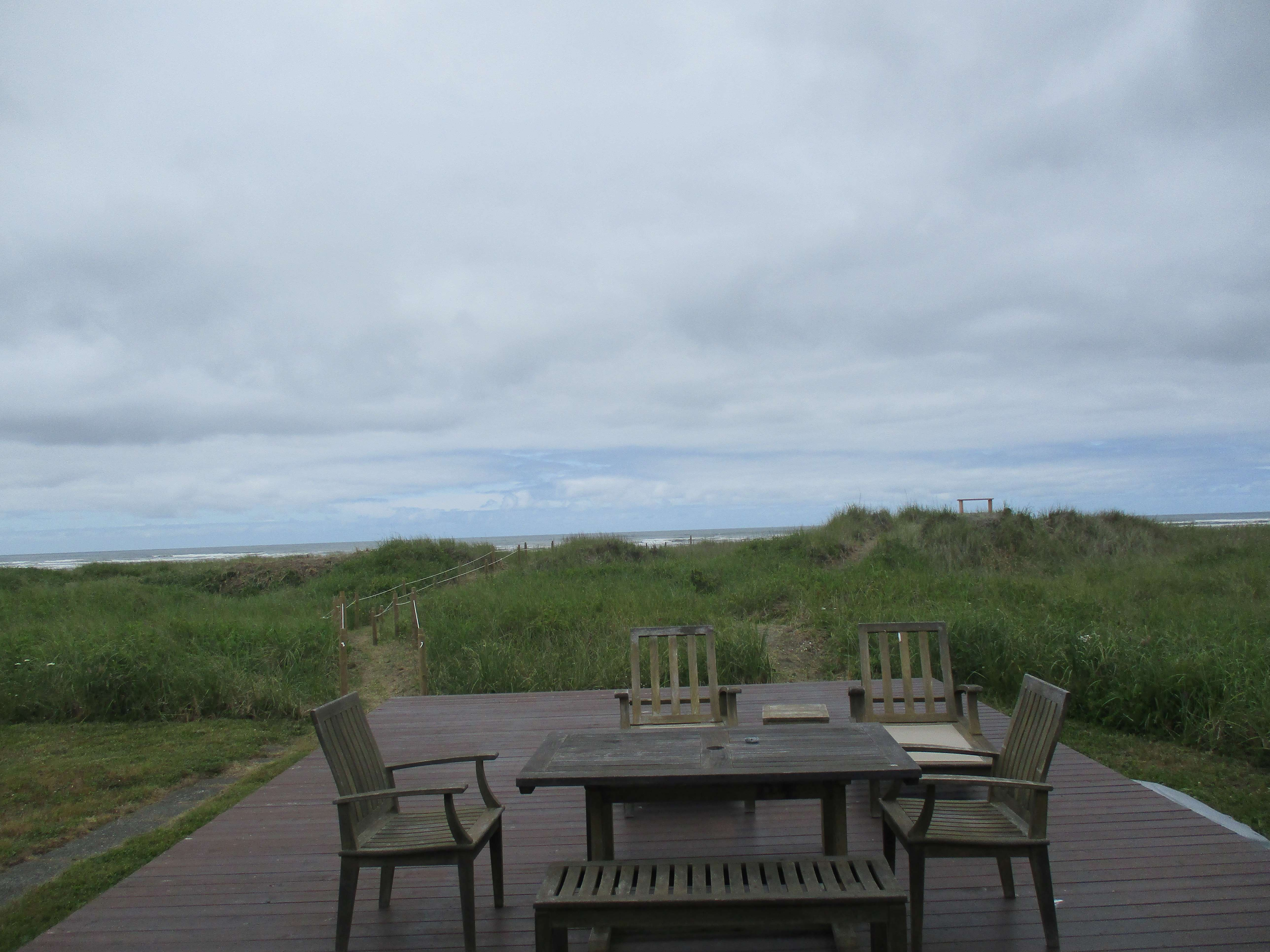 Your private deck out to the ocean